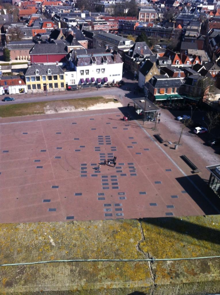 De Oldehove verdient een levendig en werelds plein; het uitzicht is er al.